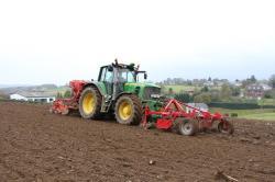 semis-de-cereales-2012-deblon-157-vert.jpg